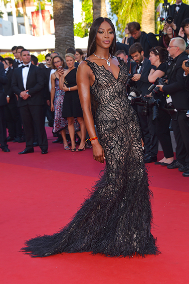 Naomi-Campbell-Cannes-2017-Versace-Cannes