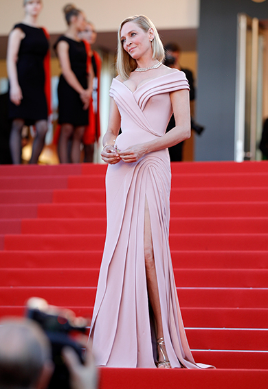 Uma-Thurman-Versace-Getty-Images-Cannes-2017