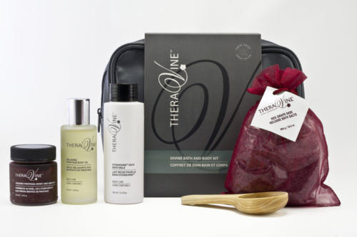 T665-3 DiVine Bath and Body Kit 003