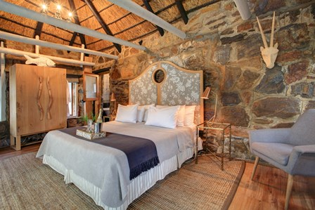 dide-Guest-Lodge-Wildernis-stone-cottage